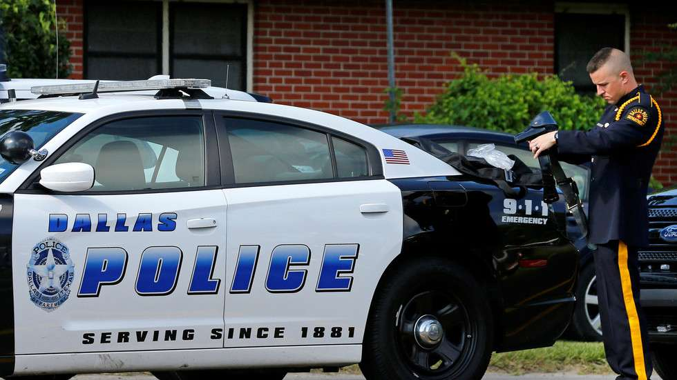 Dallas lawmakers approve $7mn cut to police overtime budget despite 'violent crime uptick' & mayor's protest