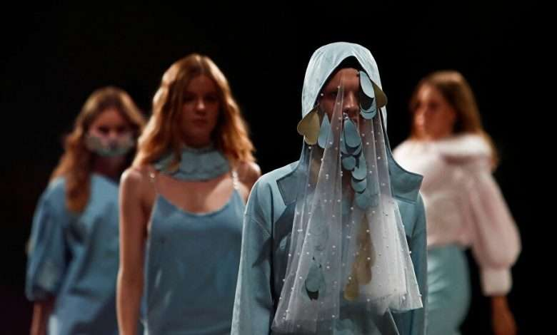 """Photo of Fashion Week """"Mercedes-Benz"""" in Russia"""