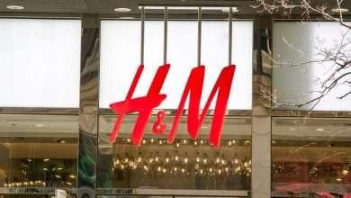 صورة أكبر شركات بيع الملابس تُغلق مئات المتاجر