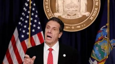 """صورة حاكم نيويورك عن تصريحات ترامب حول كورونا: """"كاذبة"""""""