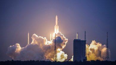 صورة الصين تعلن عن نجاح هبوط مسبارها على القمر.. والمهمة؟
