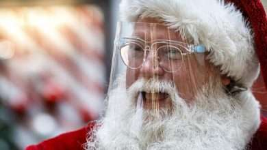 "Photo of Florida's ""Santa Claus"" pays the bills"