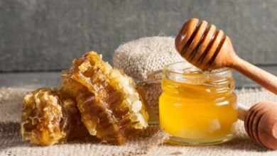 Learn a healthy way to eat honey, Arabic newspaper in Boston-USA-Profile News