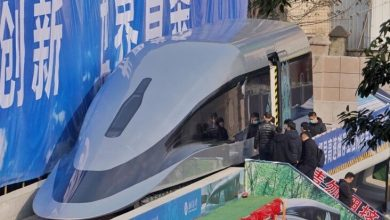 """Photo of China unveils a high-speed """"magnetic train"""""""