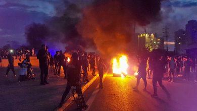 صورة لبنان: 9 جرحى بصفوف الأمن إثر المواجهات مع المحتجين بطرابلس