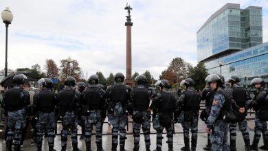 صورة الأمن الروسي يعتقل محتجين في موسكو وسان بطرسبورغ