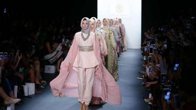 في يومهن العالمي.. المحجبات في عالم الموضة والأزياء, صحيفة عربية في بوسطن-أمريكا-بروفايل نيوز